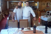 Un italiano vero gateste la Hotel BinderBubi Sighisoara (video)
