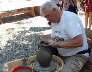 Un altfel de targ al olarilor in Muzeul in aer liber din Dumbrava Sibiului